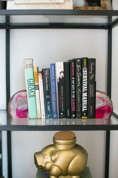 bookshelf decor #hometour #theeverygirl