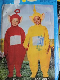 Laa-Laa ™ and Po ™ Teletubbie Play Halloween Costumes Butterick 429 / 5794 Pattern Halloween Costume Patterns, Halloween Costumes, Stage Play, Mittens, Unisex, Handmade, Stuff To Buy, Fictional Characters, Fingerless Mitts