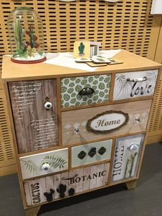 Funky Painted Furniture, Decoupage Furniture, Love Home, Furniture Makeover, Chalk Paint, Craft Projects, Decorative Boxes, Diy Crafts, Wood