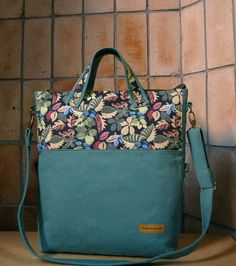 Diaper Bag Patterns, Native Design, Simple Bags, Fashion Bags, Purses And Bags, Diy And Crafts, Quilts, Tote Bag, Sewing