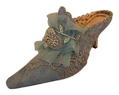 Marie Antoinette Wedding Shoes.. Something by everlastinglifashion