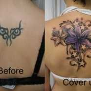 chest tattoos for men on the left and right side of the chest. This way, you can have it covered with clothing when you need to. Should you want the art of tattoos be bold on the other hand, you can have it placed in the middle of your chest. This will show your artistic side especially when you have been wearing v-neck shirts. The only thing about having middle chest tattoos for men is that you will find it hard to cover up.