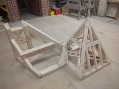 Kijiji - Buy, Sell & Save with Canada's Local Classifieds Carpentry Services, Rouen, Week End, Interior Decorating, Decoration, Small Staircase, Speak French, Woodwork, Decor