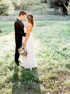 Provence Wedding by L'Artisan Photographe Wedding planner La Fabrique a Reves www.LAFABRIQUEAREVES.COM
