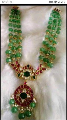 Beaded Jewelry Designs, Jewelry Design Earrings, Gold Jewellery Design, Necklace Designs, Necklace Ideas, Jewelry Patterns, Jewelry Rings, Gold Pendants For Men, Jewelry Model