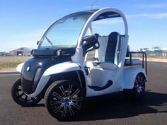Custom gem car by Innovation Motorsports Gem Cars, Mobility Scooters, Wheelchairs, City Car, Small Cars, Golf Carts, Electric Cars, Innovation, Gems