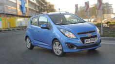Chevrolet Spark po liftingu tylko nieznacznie różni się od poprzednika.  Czytaj więcej na http://www.magazynauto.pl/testy/testy-porownania/news-chevrolet-spark-1-2-ltz-test,nId,949736?utm_source=paste_medium=paste_campaign=firefox