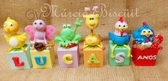Cubos com nome turma da galinha Pintadinha, feito sob encomenda (11) 98482-9031 tim e-mail dgmmarinho2@gmail.com