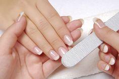 Sei alla ricerca della #manicure perfetta? Ecco 11 consigli per per avere delle mani perfette #Nails #beauty #Tips