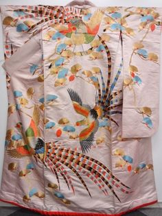 Japanese Kimono Silk / Vintage by Furisode Kimono, Silk Kimono, Yukata, Japanese Costume, Japanese Kimono, Japanese Geisha, Japanese Textiles, Japanese Patterns, Traditional Kimono
