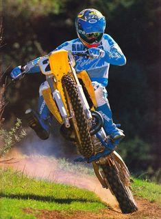 Enduro Vintage, Vintage Motocross, Vintage Bikes, Vintage Racing, Suzuki Dirt Bikes, Suzuki Motocross, Motocross Riders, Motocross Action, Motocross Stickers