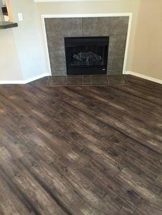 Luxury Vinyl Tile #engagelvt #flooring #vinylfloor #livingroom #koebersinteriors