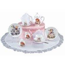 M.I. Hummel Tea Set in Hat Box Collectible