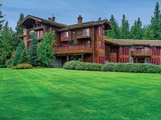 Scimitar Ranch is the ultimate embodiment of the refined rural estate, ensconcing its residents and guests in a sublime level of privacy and Pacific Northwest relaxed elegance. Comprising over 87 carefully groomed and magnificently landscaped acres of equestrian land near Anacortes, Washington, this singular residence is  …