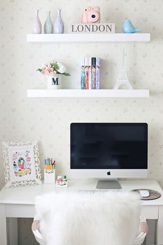 34 Inexpensive Home Office Design Ideas For Youthful Girls To Try Asap - I am sitting here wondering what the heck I am doing. I don't go to work everyday. I work from home. Working at home can be as d. Home Office Design, Home Office Decor, Diy Home Decor, Tumbler Diy, Desk Inspiration, Cute Room Decor, Trendy Home, Dream Rooms, New Room