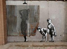 Banksy the artist spoofs Disneyland, in photos. The artist known for his satirical street art thinks big with his 'Dismaland' resort in England. Banksy Graffiti, Street Art Banksy, Bansky, Banksy Canvas, Disneyland, Urbane Kunst, Arte Popular, Expositions, Street Art Graffiti