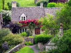 --Cottage at Bibury in the Cotswolds, England