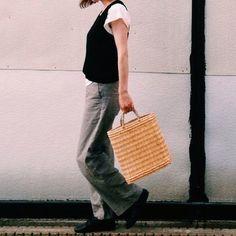 Straw Bag, Bags, Instagram, Fashion, Handbags, Moda, Fashion Styles, Fashion Illustrations, Bag