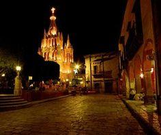 #SanMiguelDeAllende, #Mexico - #BestChristmasDestination