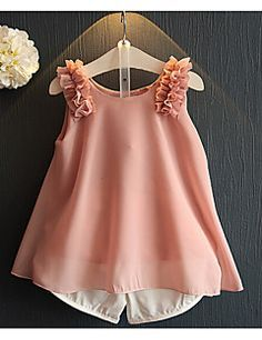 Latest fashion trends in women's Clothing Sets. Shop online for fashionable ladies' Clothing Sets at Floryday - your favourite high street store. Frocks For Girls, Dresses Kids Girl, Kids Outfits, Cheap Kids Clothes Online, Cheap Girls Clothes, Ladies Clothes, Baby Dress Design, Frock Design, Toddler Fashion