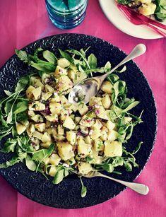 Mehukas perunasalaatti syntyy myös ilman majoneesia.