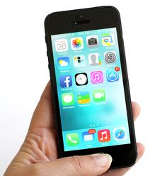 AMAZING INFO EVERYONE iPHONE USER SHOULD KNOW - 15 of the best iPhone tips and tricks for the recent ios 7 update...