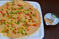Rulouri aperitiv cu pate vegetal din boabe de soia - CAIETUL CU RETETE Hummus, Ethnic Recipes, Food, Meals, Yemek, Eten