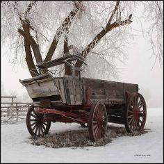 """We had a wagon like this on our farm growing up. My brother and I played in our """"wagon train"""" wagon all the time. Good Memories for sure! Snow Scenes, Winter Scenes, Vieux Wagons, Hirsch Illustration, Looks Country, Wooden Wagon, Old Wagons, Into The West, Country Scenes"""