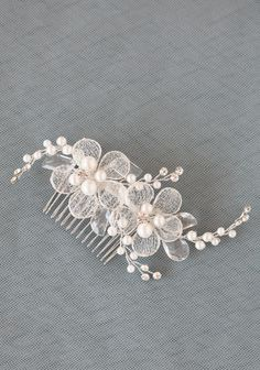 A Love Like This Hair Comb | Modern Vintage Headpieces | Modern Vintage Accessories | Modern Vintage Bridal