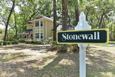 Spacious Coffee Bluff Home with Great Backyard! 123 Stonewall Drive Savannah, GA 31419 - http://www.savannahsouthernliving.com/spacious-coffee-bluff-home-123-stonewall-31419/  #teamyannett