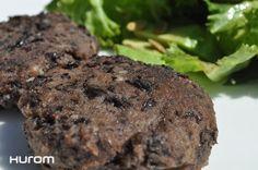 Hamburguesas de porotos negros Ingredientes: – 350 grs de porotos negros cocidos – 1/4 pimiento verde – 25 grs cebolla – 2 dientes de ajo – 1 huevo – 1 cucharada…