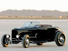 Very nice.  Favorite 50 Rods And Customs 1932 Roadster
