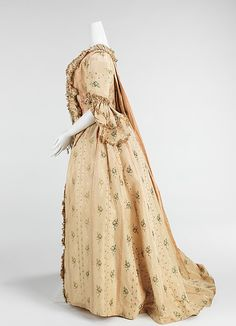 Robe à la Française Date: 1765–70 Culture: French Medium: silk Dimensions: Length at CB: 52 in. (132.1 cm) Credit Line: Brooklyn Museum Costume Collection at The Metropolitan Museum of Art, Gift of the Brooklyn Museum, 2009; Gift of Mrs. Peter T. Denker, 1961