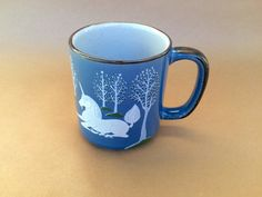Vintage mug with white unicorns and tree fantasy scene. The perfect gift for the unicorn lover in your life. Kitchen decor, unicorn coffee mug or tea cup.  Measurements 4 H x 5 W  More mugs and vintage items in my shop