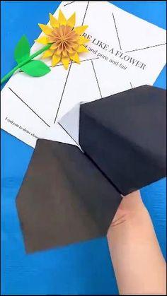 Origami Game, Origami Toys, Instruções Origami, Origami Airplane, Origami Shapes, Paper Folding Crafts, Paper Crafts Origami, Paper Crafts For Kids, Diy Crafts Hacks