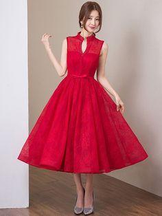 Princess V-neck Tea-Length Lace Wedding Dress with Keyhole Back