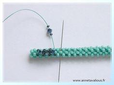 Anneta Valious design | Right-Angle Weave