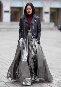 gunmetal skirt, red wine top & lips