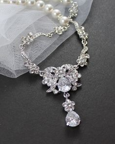 Wedding necklace. So pretty, but more for a v neck dress.