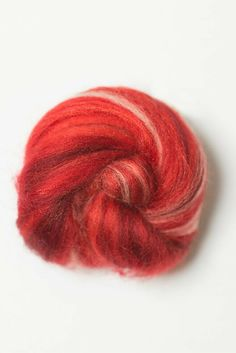 DHG Mood Cinema. Extrafine merino wool tops. Sugar candy color Flamenco. Perfect for spinning. Preferable for wet and nunofelting. Take a look to the promo valid through October 18th, 2015. http://www.dhgshop.it/promozioni_eng.php?promoid=143