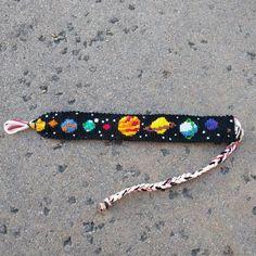 Friendship bracelets - Alpha Friendship Bracelet Pattern 21339 BraceletBook com – Friendship bracelets Bracelet Fil, Bracelet Crafts, Bracelet Making, Chevron Bracelet, Embroidery Bracelets, Beaded Bracelets, Ankle Bracelets, String Bracelets, Macrame Bracelets