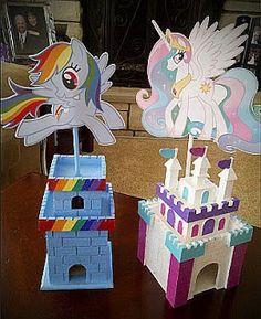 my little pony centerpiece My Little Pony Party, Fiesta Little Pony, Cumple My Little Pony, My Lil Pony, Unicorn Birthday Parties, Unicorn Party, Girl Birthday, My Little Pony Equestria, My Little Pony Friendship