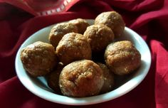 I have decided to do a few posts with one of the millets as a main ingredient. Millets were once part of our daily food routine but then the usage of these traditional grains slowly dwindled away a... #millets #recipes #laddoos #IndianDesserts #Indiancooking #India #Mithai #diwaliSweets #sweets #soghum #jowar