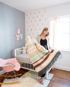 Gris y rosa para la habitación del bebé