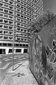 Curitiba.2012 Rua Cruz Machado.