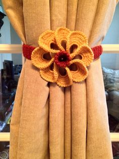 Crochet Curtain Tiebacks - Flower by JinesCrafts on Etsy