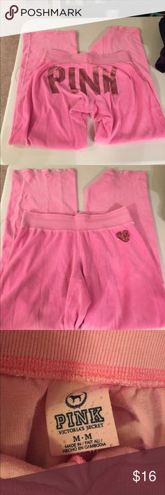 Victoria secret pink bling sweatpants Size medium. Does have a tiny hole (see pic 4) it isn't very noticeable. Velvet material PINK Victoria's Secret Pants Boot Cut & Flare