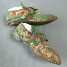 Embroidered Women's Shoes