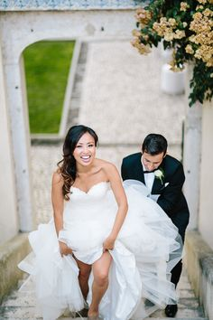 For this week's Real Bride Diary, we figured we'd chat about that massive aspect that dictates almost every last detail in your wedding. The money | Wedding Budgets | Bridal Musings Wedding Blog