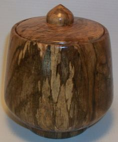 Small keepsake box made on a wood lathe by Diane from a log of wood. www.dianegracely.com